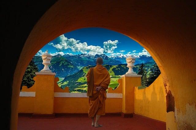 Pět tibeťanů cvičební sestava